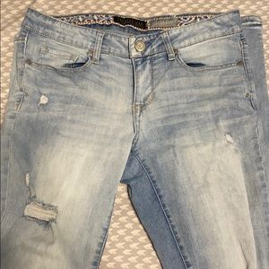 Aeropostle jegging size 4 light wash ripped jeans